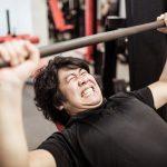 激しい運動が尿酸値を上昇させる原因について