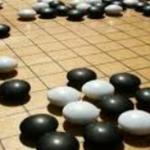 囲碁の人工知能(AI)には、トップ棋士でももう敵わず、『神の一手』に一番近いのはAIかもしれない。